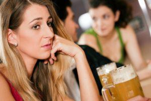 sad-lady-at-the-bar